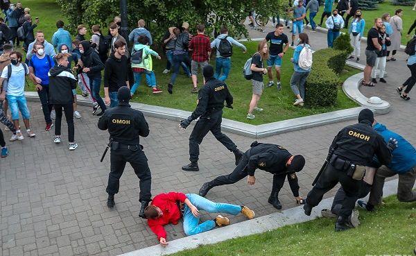 В Белоруссии задержаны десятки протестующих, сообщили ...