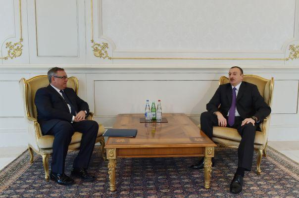 ВТБ консолидируется в Азербайджане: Алиевы сдают банк?