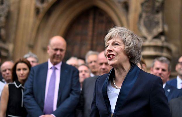Мэй пообещала опубликовать «белую книгу» с окончательным вариантом плана Brexit для обсуждения