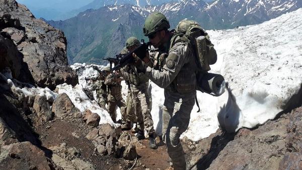 b2fc25758865ce8f79d3fb2ff4680 СМИ: Турецкая армия потеряла десятки солдат убитыми насевере Ирака