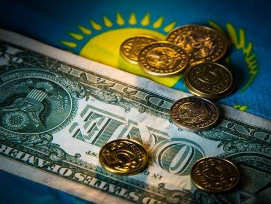 В Казахстане сократился объем депозитов в иностранной валюте