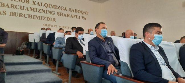 b6ab3bd551bee2ab149d19904ed62 ВУзбекистане под сокращение попадут более 5 тыс. госслужащих