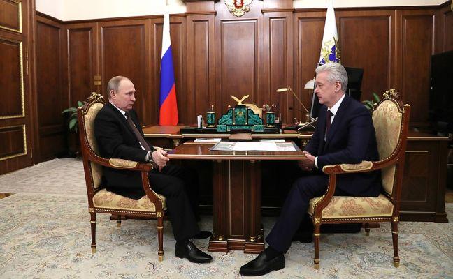 Путин поручил Собянину снести московские «хрущевки»