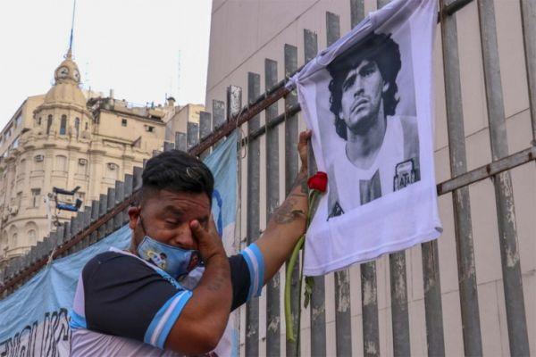 32635cf8ca78296870c025f6bdb50 Похороны Диего Марадоны прошли вБуэнос-Айресе