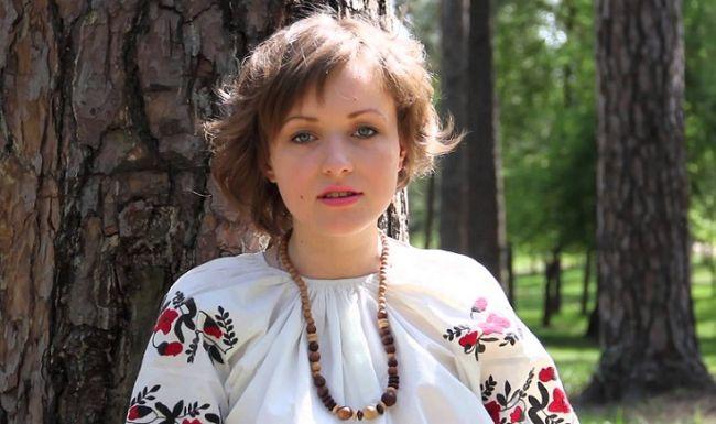 Автор строк «Никогда мы не будем братьями» предрекла развал Украины