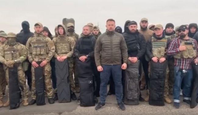 Полк «Азов» решил занять Золотое и сорвать разведение войск на Донбассе